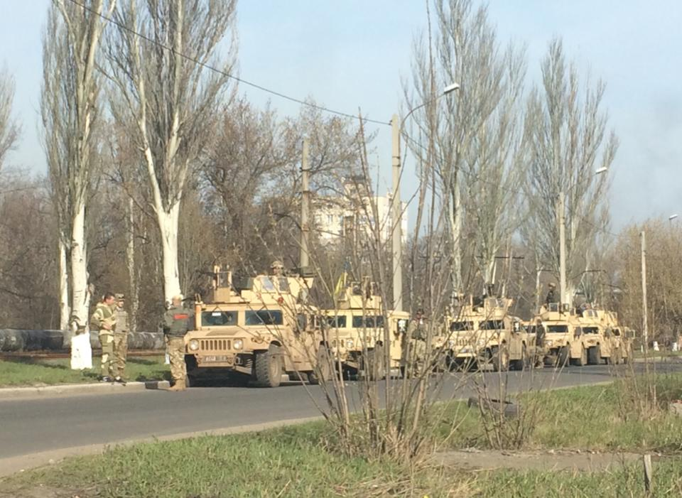 """Боевиков """"ДНР"""" ждет насыщенная ночь: в промзону под Авдеевкой выехала подмога"""