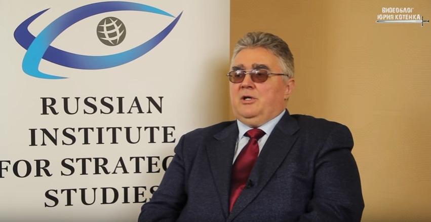 Украинцы требуют, чтобы видео с путинским экспертом, призывающим бомбить Украину, показали все телеканалы Европы и Америки