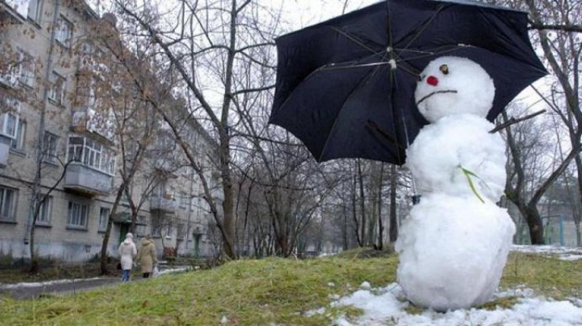 Синоптики отменили зиму в Украине: аномальное потепление начнется с 16 декабря