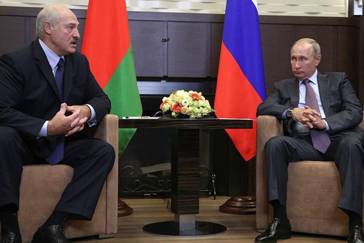 """В РФ напомнили Лукашенко о тайной сочинской договоренности с Путиным: """"Прогресса нет"""""""
