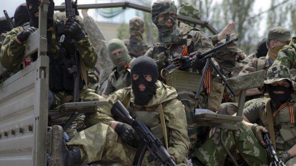 """""""Чтобы вопросы не задавали, почему колбаса подорожала"""", - сепаратисты уличили боевиков в манипуляции """"атакой"""" ВСУ"""