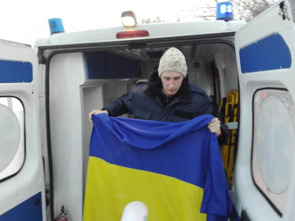 Еще одного украинского военнослужащего освободили из плена боевиков: Геращенко озвучила важные детали - кадры