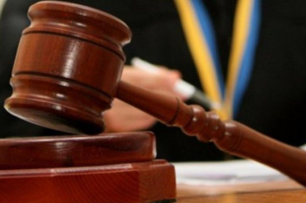 """Дело о """"пытках в Кагарлыке"""": суд отпустил второго подозреваемого экс-полицейского """"отдыхать"""" домой"""