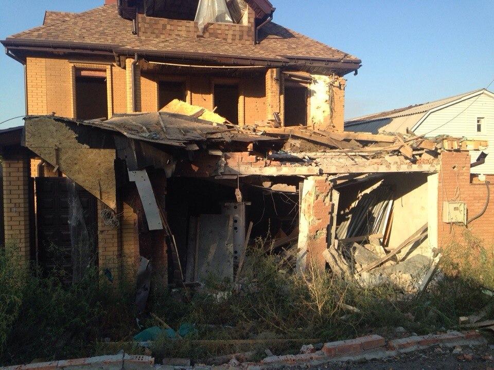 Как выглядит микрорайон Гладковка в Донецке после вечерней бомбежки 20 августа
