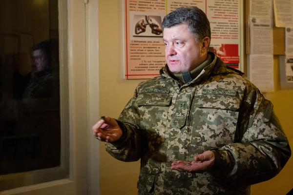 Порошенко: требуем вывести иностранные войска, закрыть границу. Им нечего здесь делать!