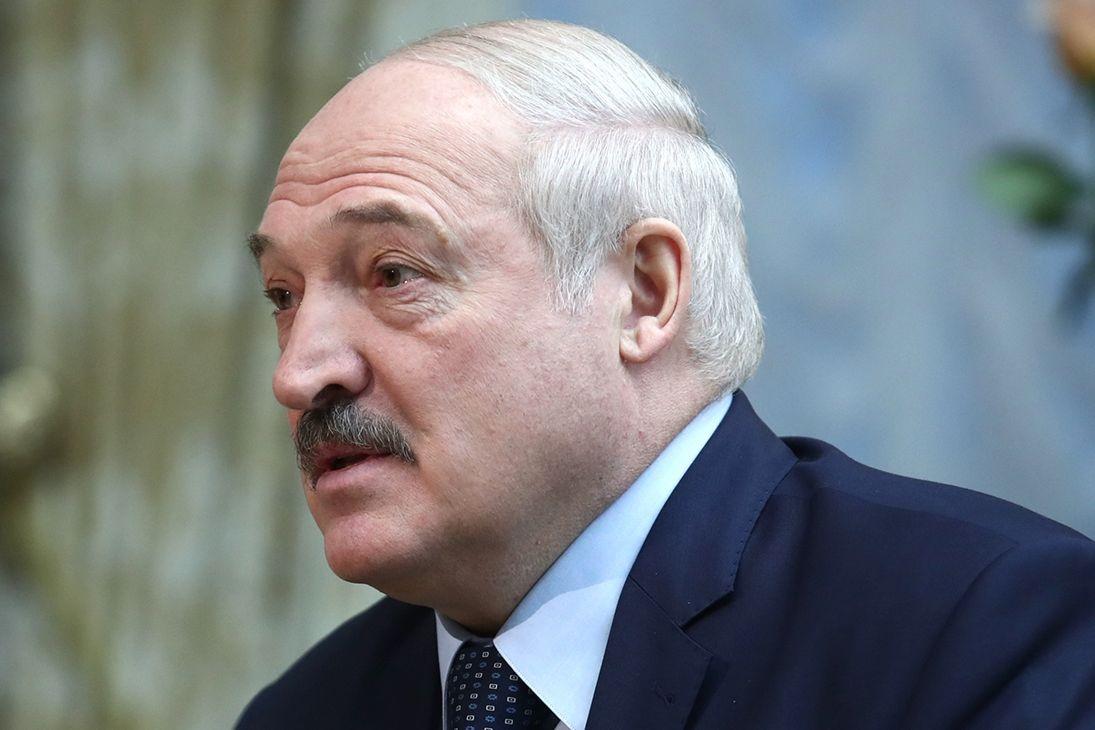 """Операция """"довести старушку"""" - ФСБ по заданию Кремля готовит процесс 37-го года для Лукашенко"""
