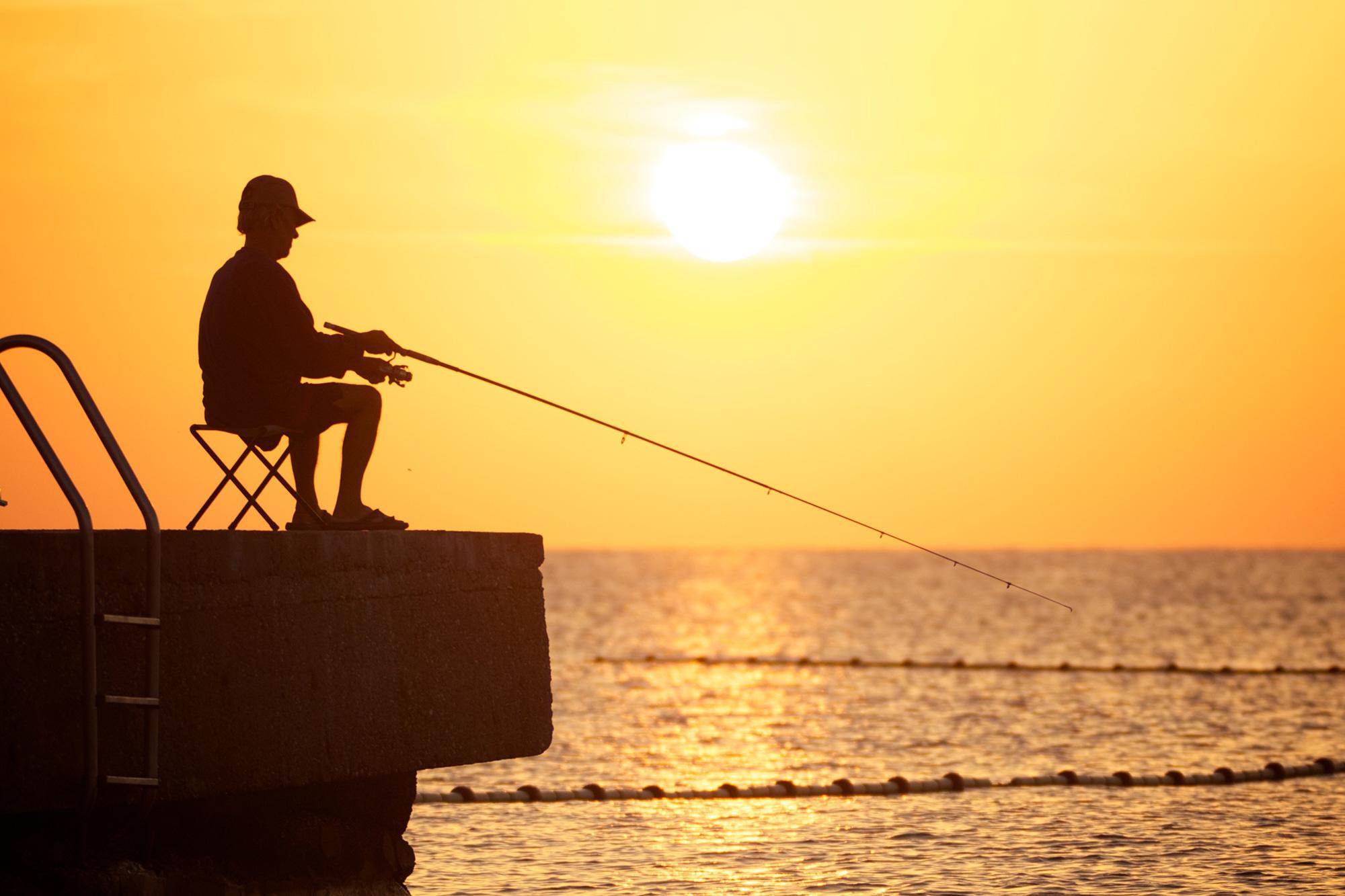В Закарпатье гигантская рыба погубила рыбака в озере