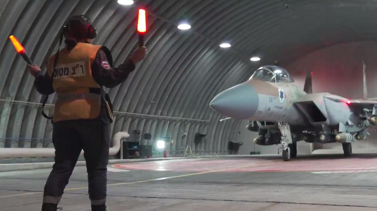 62 самолета ВВС Израиля атаковали 65 объектов ХАМАС: в Армии обороны Израиля выложили кадры