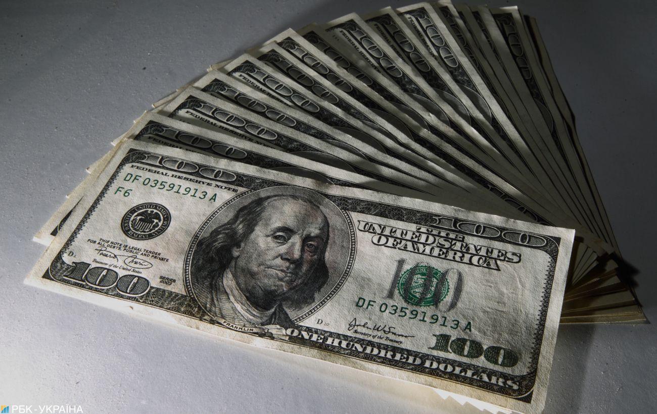 Курс доллара в Украине растет: НБУ с новым главой пошел на действия, которых не было два года