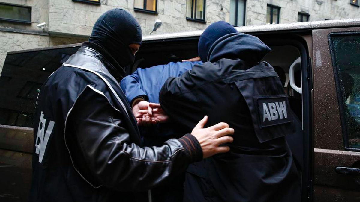 Арест шпиона в Польше: спецслужбы засекретили значительную часть материалов о связи с РФ