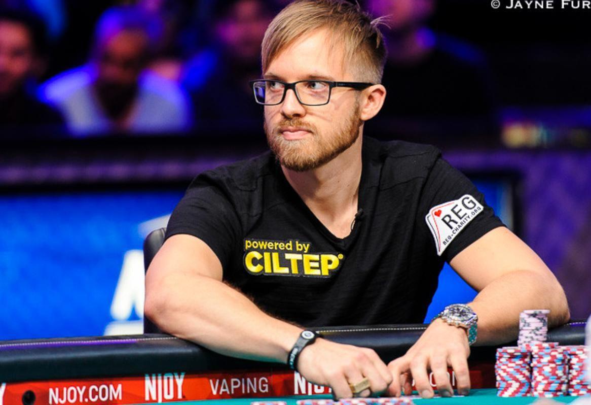 Известный покерист из Швеции пообещал победу над Украиной, отомстив за немцев: шведа затроллили после матча