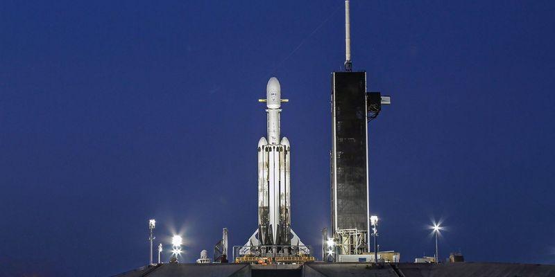 Ракета Falcon Heavy, SpaceX, Илон Маск, космос, уфолог. исследователь, миллиардер, старт, космическая компания, подробности, сенсация, вся правда, фото