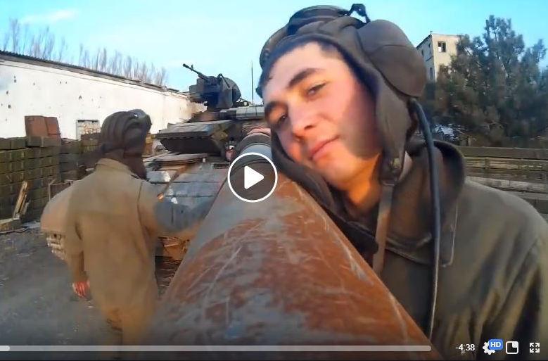 """""""Траки - сила"""", - Порошенко поздравил танкистов с праздником крутым видео с мощью Т-64 и 93-й бригады"""
