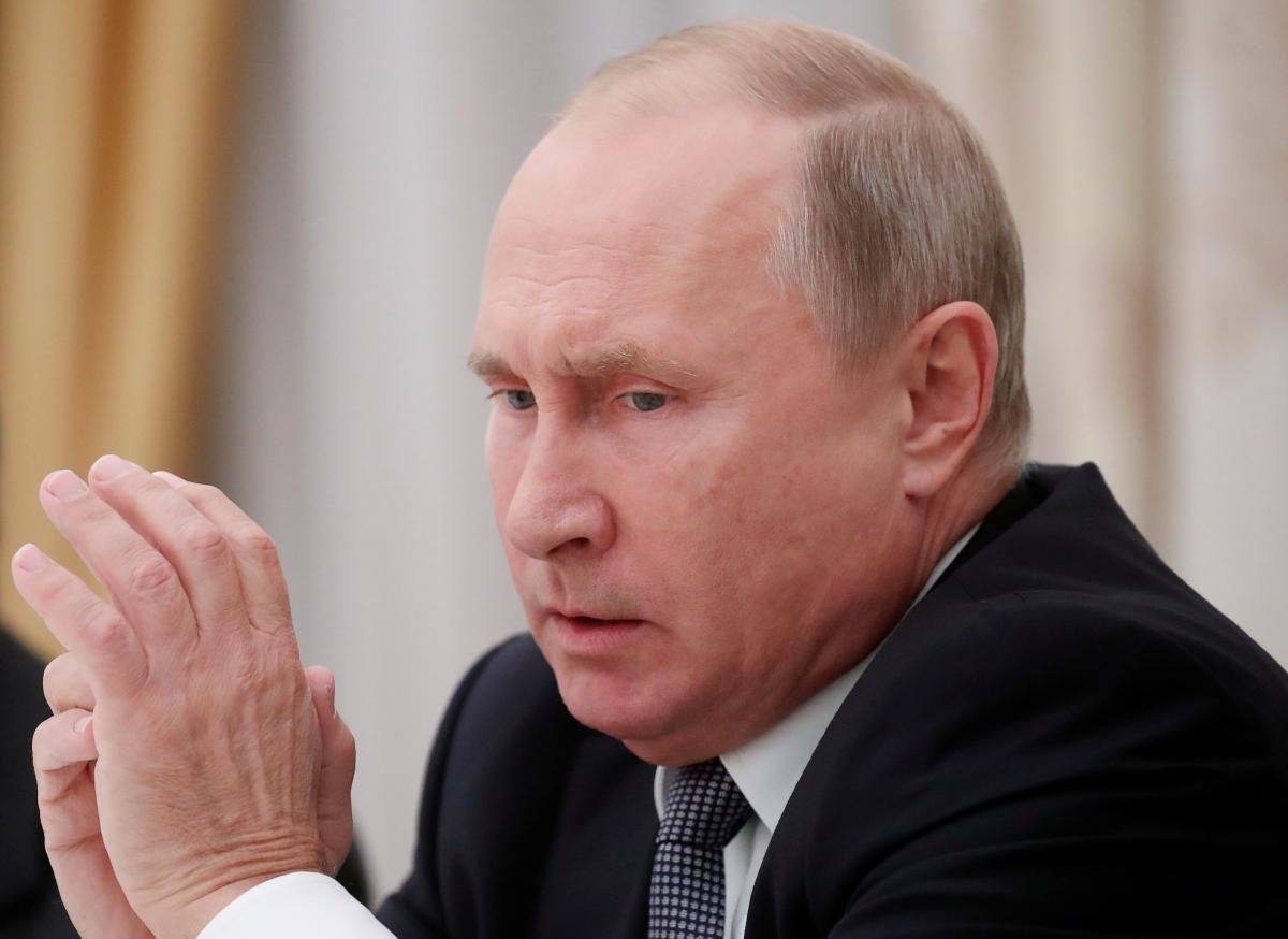 """Выступление Путина на Валдае вызвало тревогу в РФ: """"Имеет серьезные проблемы со здоровьем, быстро слабеет"""", - СМИ"""