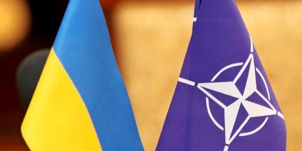 СМИ: Украинские власти просят НАТО направить на Донбасс военную авиацию