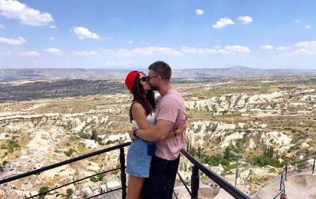 Ее ноги обхватили его торс: Заливако и Богдан страстно целовались в Каппадокии на уровне 1000 метров над землей