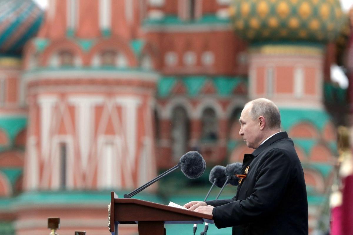 """Историка РФ смутил один момент в речи Путина на параде в Москве: """"Это просто неправда"""""""