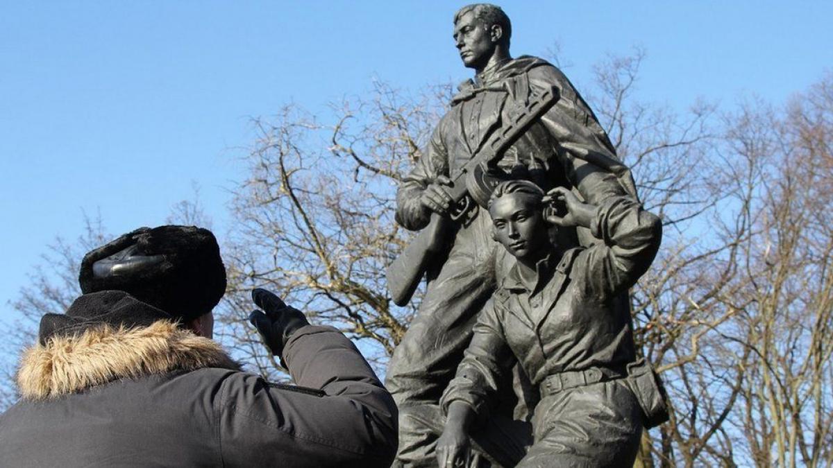 Расследователи ВВС нашли, где похоронены солдаты армии РФ, погибшие на Донбассе