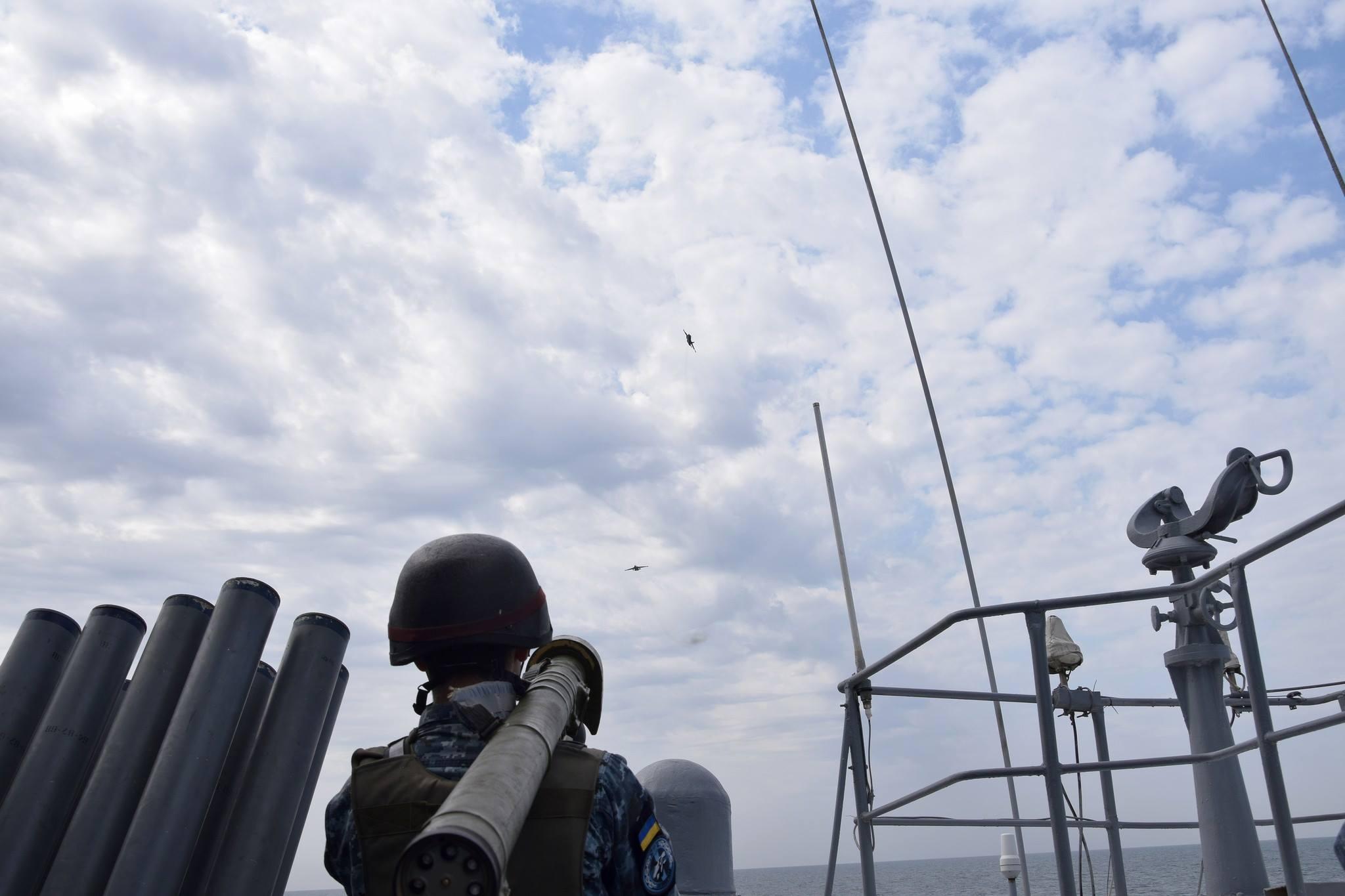 """В Сеть попали яркие кадры морских учений украинской армии """"Шторм 18"""""""