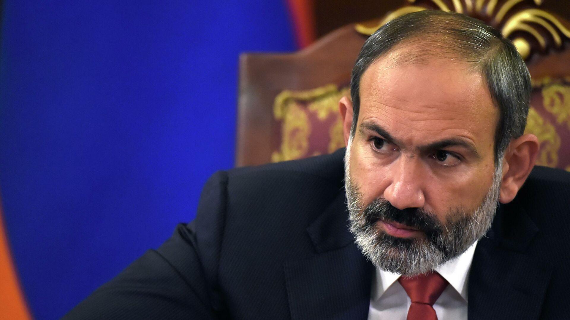 """Пашинян о войне в Карабахе: """"Ситуация на фронте крайне тяжелая, в бой брошены последние резервы"""""""
