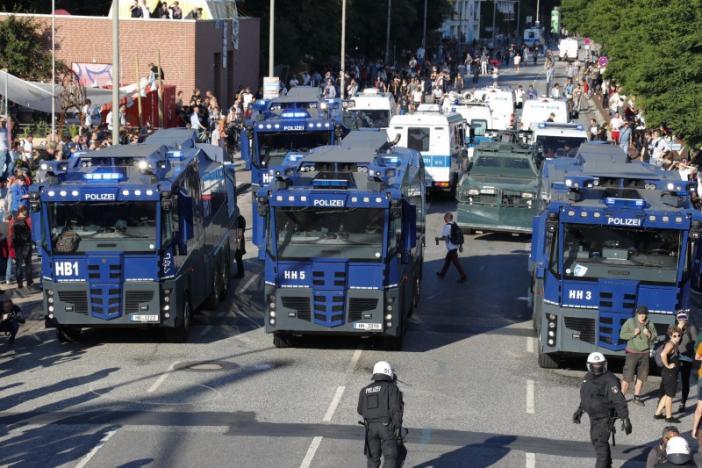 Гамбург накануне G20: в городе массовые стычки протестующих и полиции, опубликованы кадры