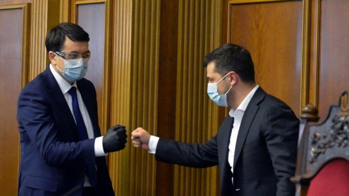 Конфликт Зеленского с Разумковым: спикер ВР прояснил ситуацию