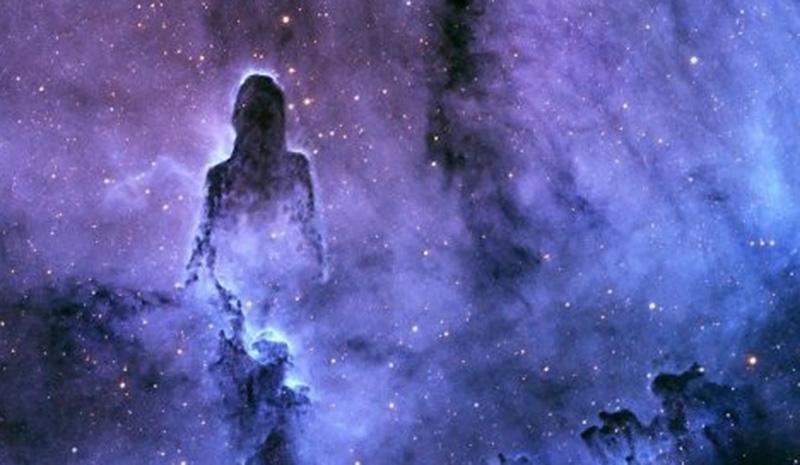 В открытом космосе увидели силуэт Бога: в туманности Слоновый Хобот зафиксировали удивительный феномен