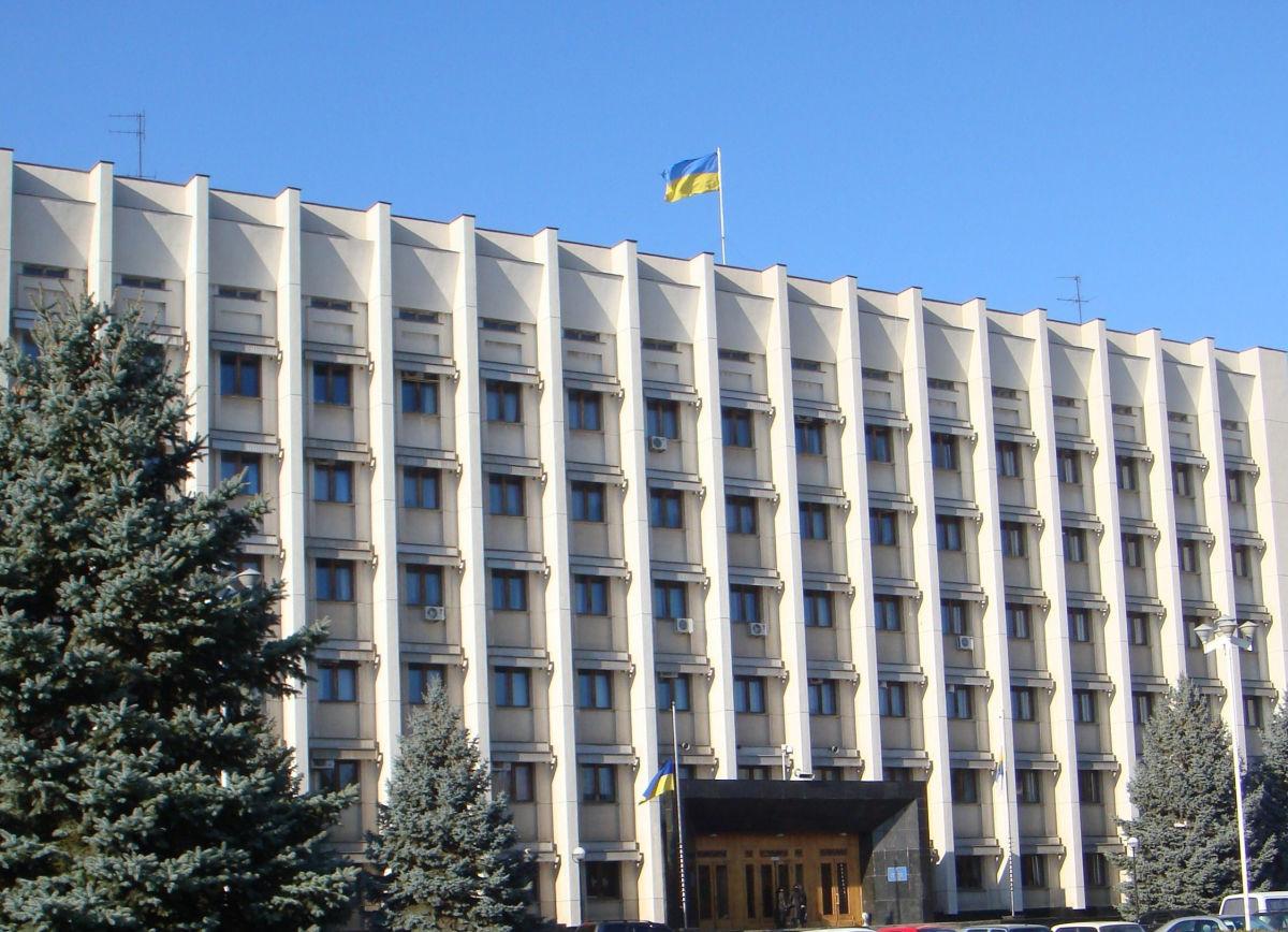 В Одессе ветеран АТО из Донбасса угрожает броситься из окна облсовета - первые подробности