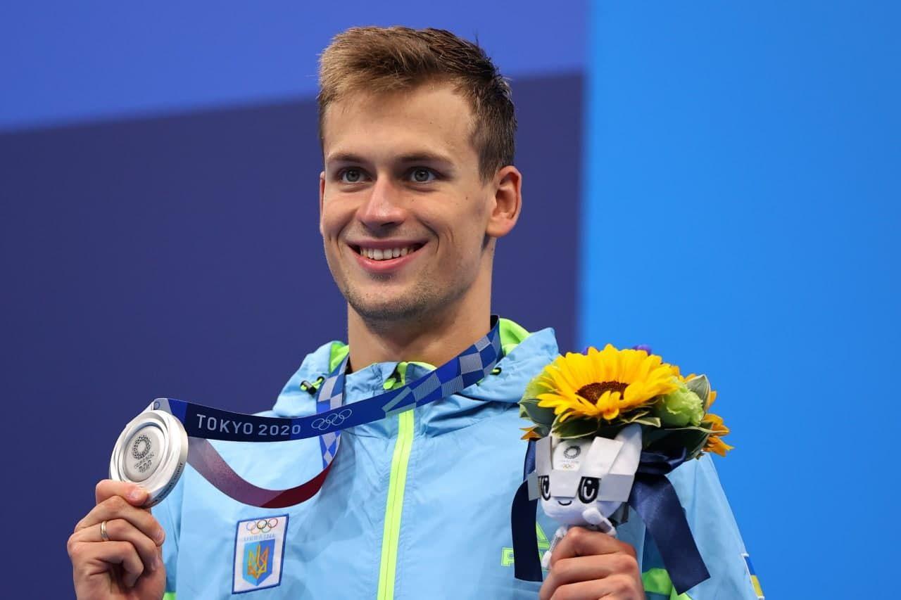 """Первое """"серебро"""" Украины на Играх - 2020: пловец Романчук в Токио завоевал вторую медаль"""