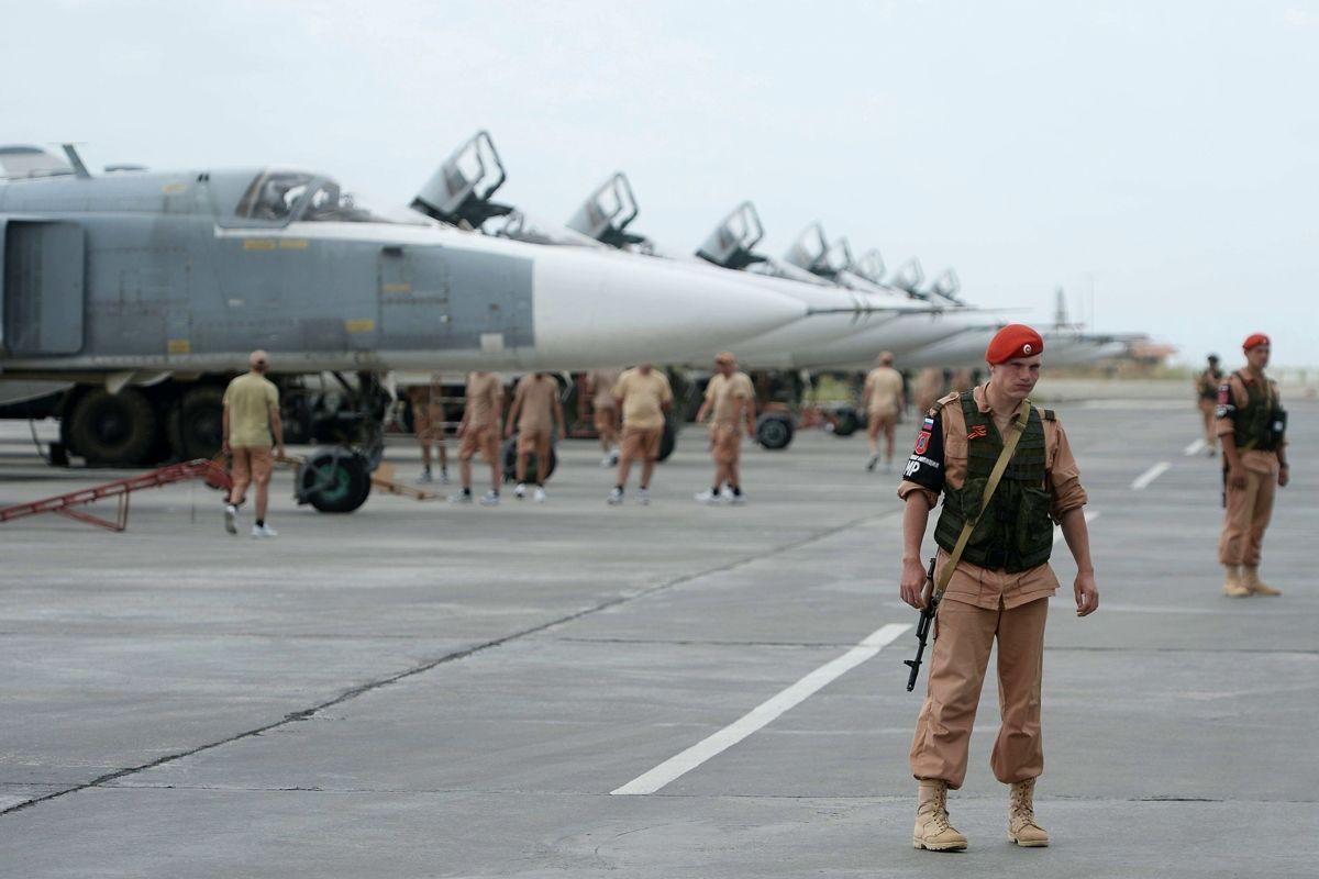 """Россия начала перебрасывать боевую авиацию к границе с Турцией – Сирия снова может """"вспыхнуть"""""""