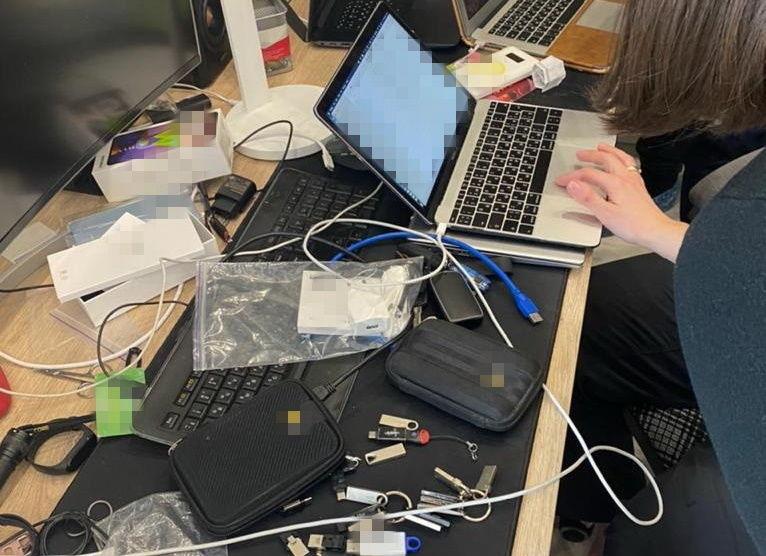 СБУ задержала под Херсоном хакера: он ограбил банки США и Канады на десятки миллионов долларов