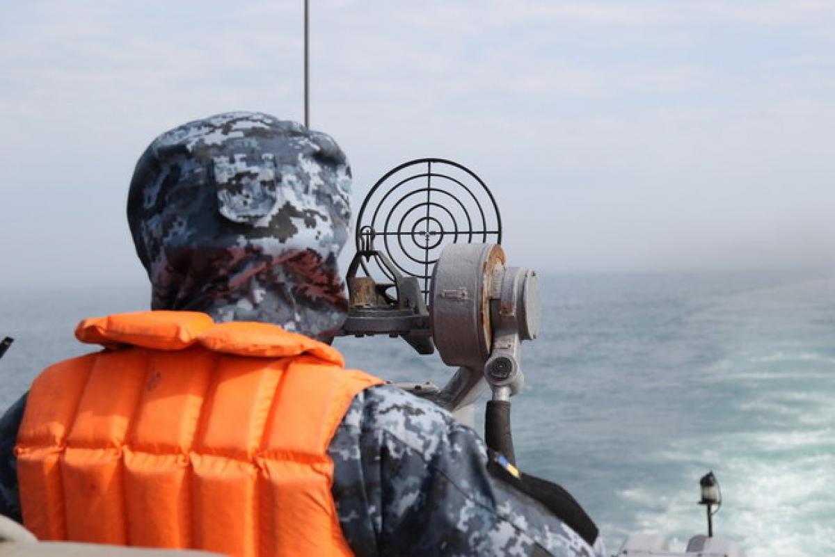 """Ракетный катер ВМС Украины """"Прилуки"""" мог вступить в бой  с российским крейсером, которого спасло бегство, кадры"""