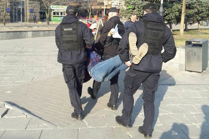 киев, выборы, агитация, полиция, зеленский, овчаренко
