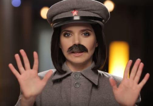 """''Отдайте Крым, уйдите с Донбасса и извинитесь"""", - Соколова в образе Сталина обратилась к россиянам - видео"""