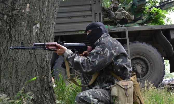 Очевидцы: Боевые действия в черте Донецка продолжаются
