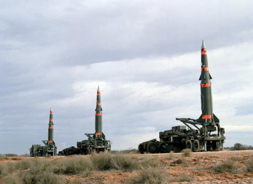 Война на Донбассе: в России угрожают применить тактическое ядерное оружие, запугивая Украину