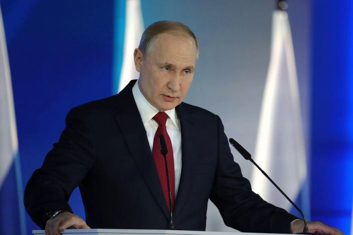 """Путин """"подарил"""" россиянам на Новый год пакет законов-ограничений: к чему готовится президент РФ"""