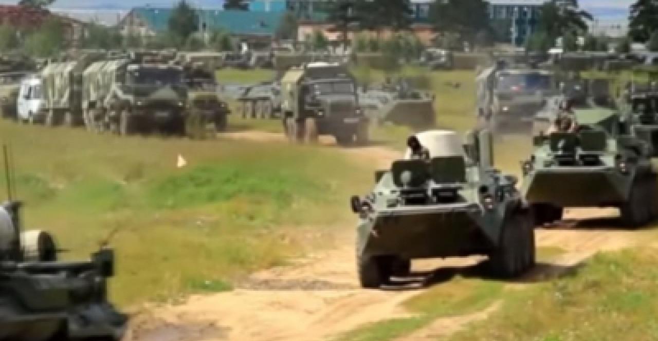 """Замглавы МИД: """"Украинцам нужно быть готовыми к возможному новому наступлению российских сил"""""""