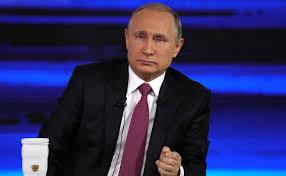 """""""Путин, когда вы уйдете в отставку?"""" - ТОП-5 смелых вопросов хозяину Кремля на """"Прямой линии"""""""