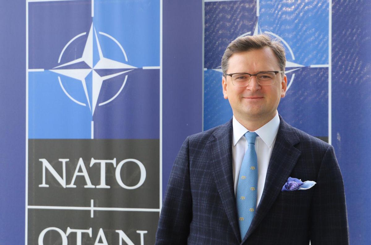 """""""Киеву неинтересна позиция Кремля касаемо Украины в НАТО"""", - Кулеба ответил Пескову"""