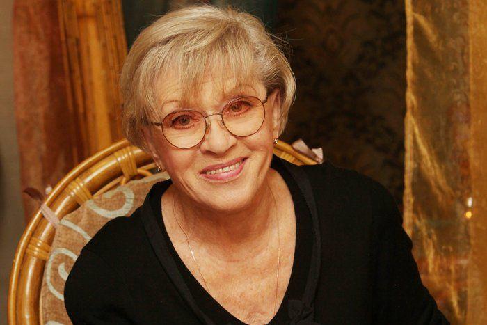Алиса Фрейндлих победила коронавирус