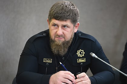 """Кадыров грозится отомстить за смерть """"героя"""" Захарченко и оказать любую поддержку """"ДНР"""" – опубликовано обращение"""