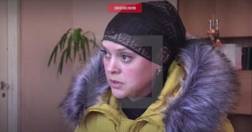 """Сестра боевика-садиста """"Гиви"""": """"Мои брат был очень добрым, он наступал на Пески, а о нас в это время заботился"""""""