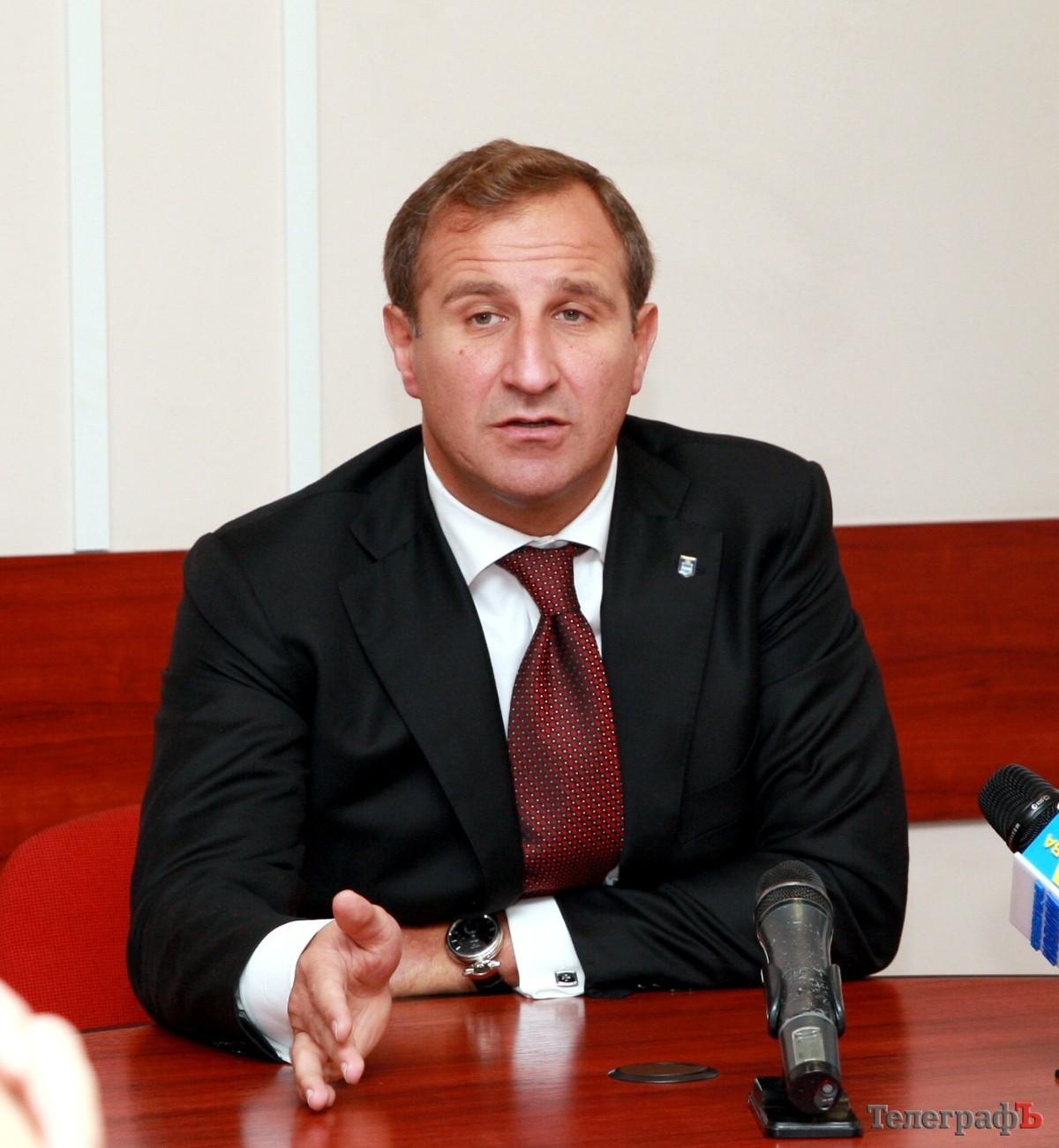 СМИ: застрелен мэр Кременчуга Олег Бабаев