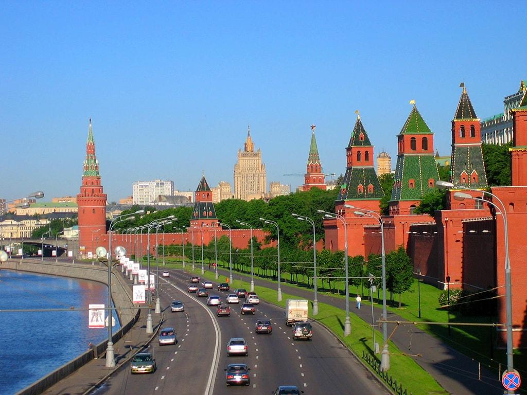 """Кремль пытается изменить статус Крыма с оккупированной на """"спорную"""" территорию - нардеп"""