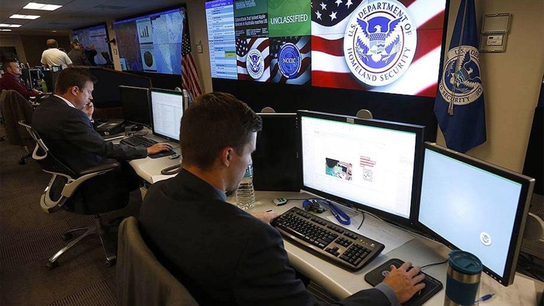 """""""Наемники, кибератаки, манипуляции"""", – разведка США назвала главные угрозы со стороны РФ"""