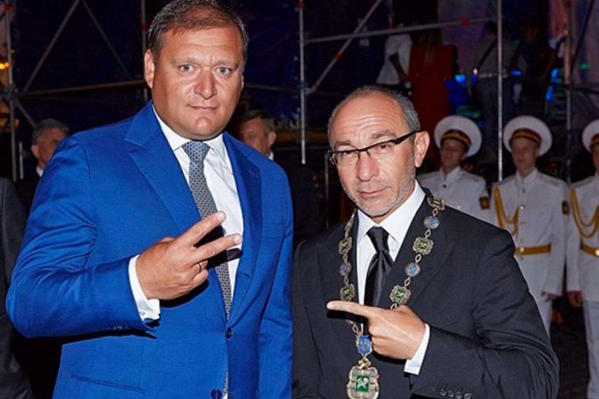 """Стрелков рассказал, как Кернес и Добкин летали к Суркову за инструкциями по """"ХНР"""": """"Сами говорили"""""""