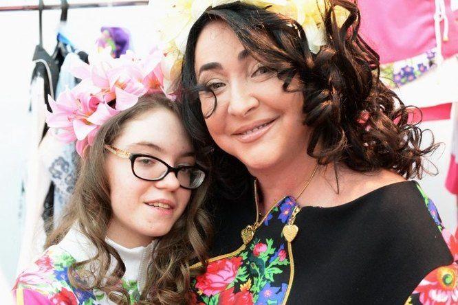 """""""У нас есть проблема"""", - Лолита Милявская впервые рассказала о серьезной болезни своей дочери"""