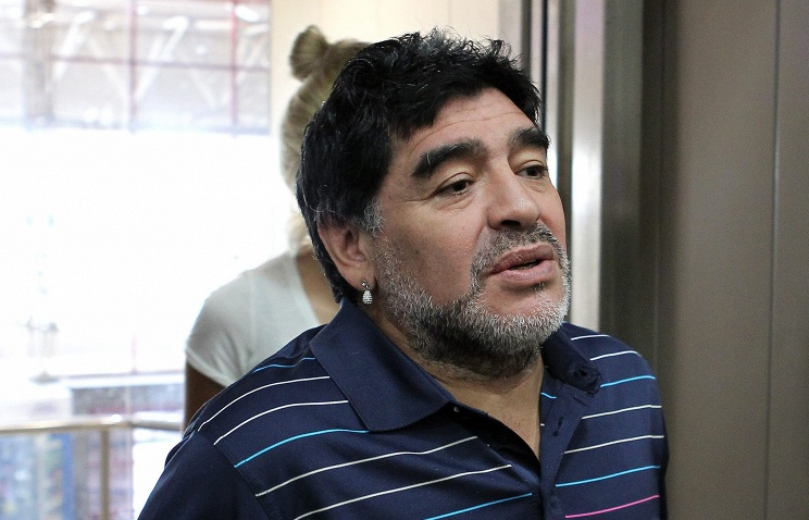 Диего Марадона ударил стюарда после матча в Колумбии