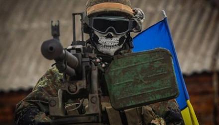 """Басурину под Авдеевкой мерещатся новые """"киборги"""": """"Его убиваешь — он идет. В него стреляешь — он падает, встает, опять идет"""""""